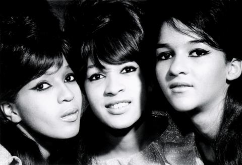 The_Ronettes_001.jpg